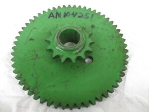John Deere Gear sprocket For 200 Stacking Wagons an104251