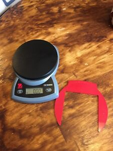 Ohaus Cs200 Cs 200 Compact Scale 200g Capacity And 0 1g Readability