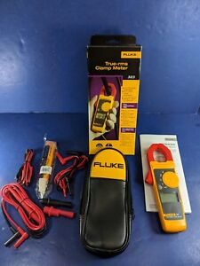 New Fluke 323 Trms Clamp Meter Extra Leads Box Soft Case