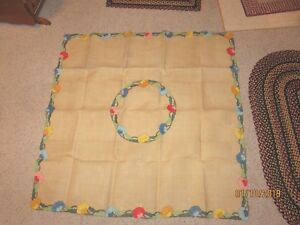 Beautiful Antique Hand Embroidered Applique Floral Tablecloth Bed Cover