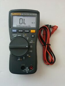 Fluke 116 True Rms Digital Handheld Multimeter Dmm Test Lead Probes Nice