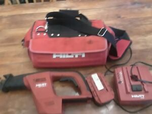 Hilti Wsr 650 a 24v Reciprocating Saw Package Saw Battery Charger And Bag