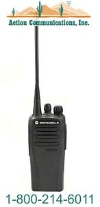New Motorola Cp200d Analog Uhf 403 470 Mhz 4 Watt 16 Channel Two Way Radio