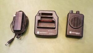 Motorola Minitor V Lowband Pager And Charger