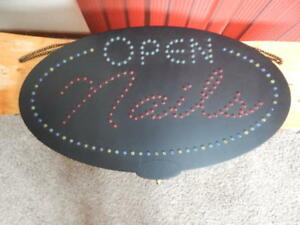 Nails Open Oval Animated Flashing Led Business Sign 3 way Switch 15 X 27