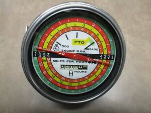 International Farmall Tachometer 67679c2 Fits Many 66 Series Tractors Oem