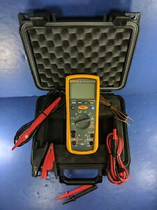Fluke 1587 Insulation Multimeter Excellent Screen Protector Hard Case More