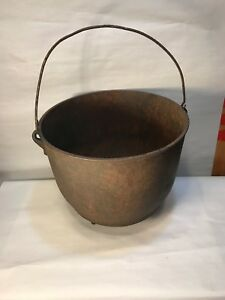 Vintage Cast Iron Bean Pot 10 11 16 Outer Diameter Cowboy Kettle Gate Mark