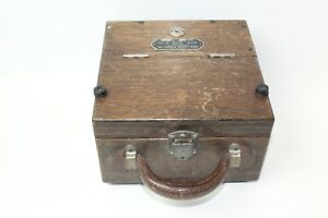 Weston Electrical Instrument Company Voltmeter Model 45 In Wooden Case