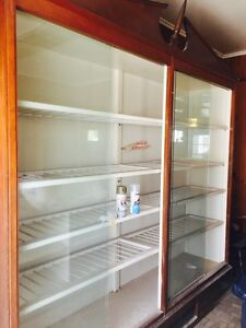 Display Case Retail Store Business Bakery Wood Shelve Glass Large Recl