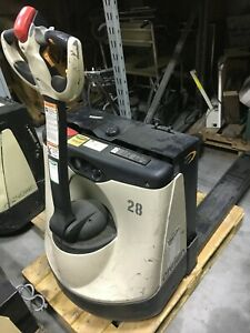 Crown 24v Walk Behind Pallet Jack wf 2335 45 W Built in Charger