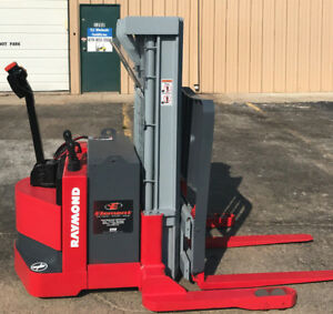 2002 Raymond Dsx40 Walk Behind Forklift Straddle Lift Very Nice Triple 150
