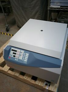 Thermo Scientific Jouan C4i 2007 Lab Centrifuge W Rotor Buckets Good Cond