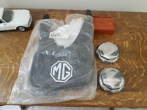 Mgb Or Mgb Gt Wire Wheel Knock Offs And New Mudflaps Parts Lot