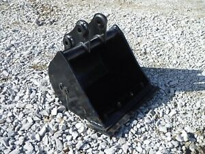 Bobcat E26 Mini Excavator Attachment 24 Ditch Cleaner Smooth Bucket Ship 149