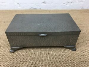English Made Arts Crafts Wood Lined Hammered Pewter Lidded Trinket Box