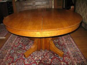 Antique 54 Round Solid Oak Pedestal Table Heavy Sturdy Sound Beautiful Wood
