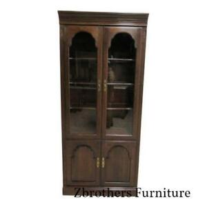 Ethan Allan Georgian Court Chippendale Bookcase Shelf Display Cabinet B