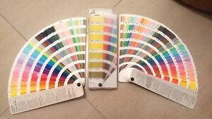 Pantone Color Guide With Case Set Of 2 Coated Uncoated 2005 2006 Colour Guide