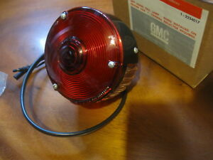Correct Nos 1963 1964 1965 1966 Gmc Chevy Truck Stepside Pu Lh Tail Lamp