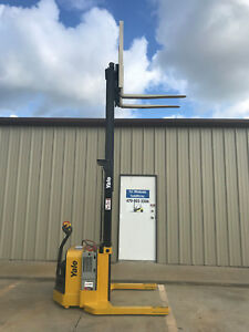 2013 Yale Walkie Stacker Walk Behind Forklift Straddle Lift Only 1384 Hours