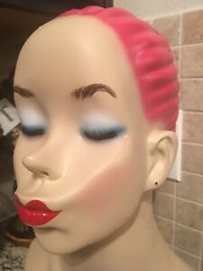 Kissing Mannequin Head Pink Hair Store Shop Jewelry Display Prop Satire