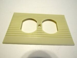 Vintage Ivory Wide Ribbed Duplex Outlet Wall Cover Plate U S A Art Deco