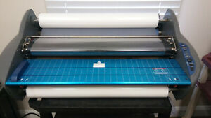 Gbc Pinnacle 27 Roll Laminator 27 Wide 1701700