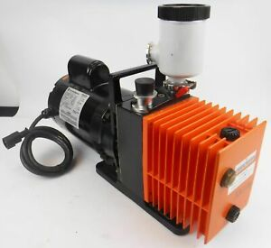 Alcatel Um2004asl wc Dual Stage Rotary Vane Vacuum Pump 1 2 Hp Tested