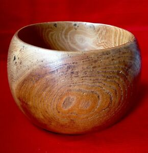 Antique Treen Bowl Beautiful Grain Made From A Piece Of Solid Wood