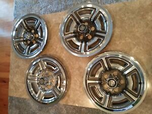 1966 1967 Ford Galaxie 500 7 Litre Hubcaps