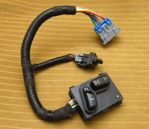 Buick Riviera Power Seat Switch Control 95 99 Drivers Left