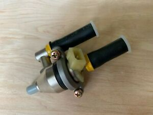 Nissan 300zx Z31 1988 89 Oem New Fuel Injector Non Turbo Yellow Top Maxima M30