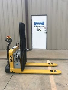 2013 Yale Electric Pallet Jack Model Mpw050 Forklift Walkie Only 2696 Hours
