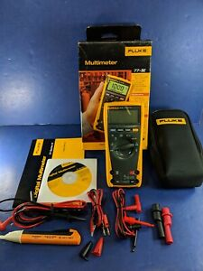 New Fluke 77iv Multimeter Original Box Extra Accessories Case See Details