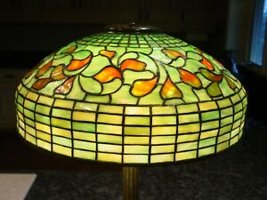 Tiffany Studios Table Lamp Swirling Leaf W Bronze Base 15534