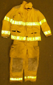Globe Firefighter Set Jacket 46x32 Pants 32x29 Suspenders Turn Out Gear S32