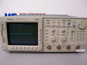 8391 Tektronix Tds520d 2 Channel Digital Phosphor Oscilloscope 500 Mhz 2gs s Dpo