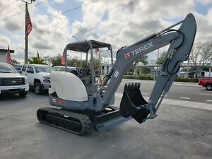 2016 Terex Tc35 2 R Mini Excavator Rubber Tracks Great Condition 680 Hours