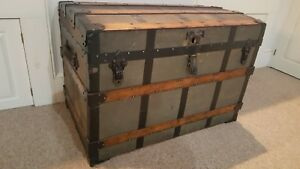 Antique Saratoga Barrel Wide Stave Travel Trunk Large Size Great Condition