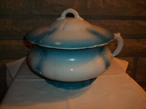 Vintage White Blue Trim Chamber Pot W Lid Heavy Ssm Or Ssx Porcelain Mark