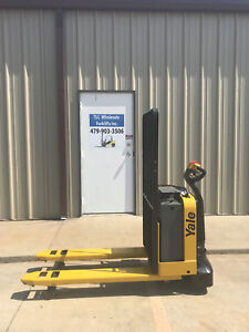 2013 Yale Electric Pallet Jack Model Mpw050 Forklift Walkie Only 600 Hours