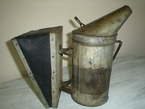 Vintage Bee Smoker By A I Root Company Very Good Collectable Condition
