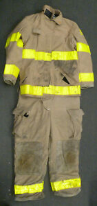 Firefighter Set Globe Jacket 40x32 Pants 40x30 W Suspenders Turn Out Gear S43