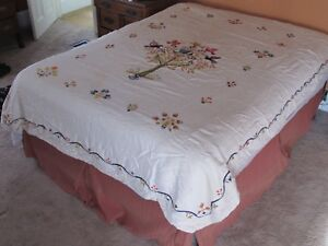 Vintage Handmade Embroidered Tree Of Birds Flowers Quilt Bed Throw Estate Found