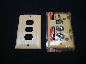 2 Vtg Bakelite White Ribbed Triplex Electrical Outlet Cover Plate Unikine Nos