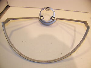 1968 Chrysler Imperial Horn Ring 2925470 Crown