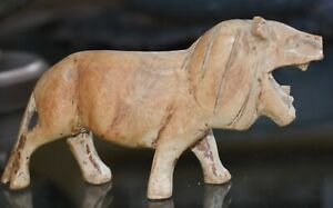 Beautiful Vintage Hand Carved Wooden African Lion Light Wood