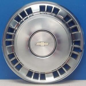 One 1980 1985 Chevrolet Caprice Impala 3126a 15 Hubcap Wheel Cover 14012576