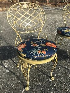 Set Of 2 Vintage Woodard Wrought Iron Out Door Patio Chairs Basket Weave Pear